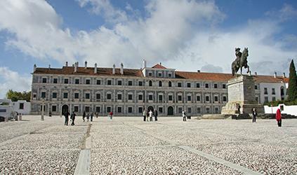 Visitas ao Paço Real dos Duques de Bragança em Vila Viçosa